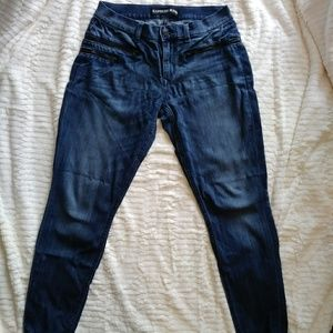 {Express} Mid Rise Ankle Jeans